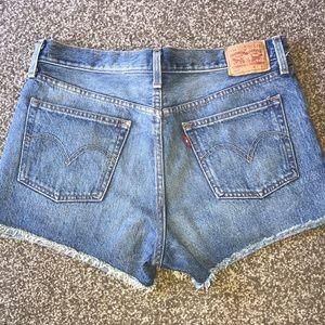 🌴LEVI'S 501 Denim Shorts